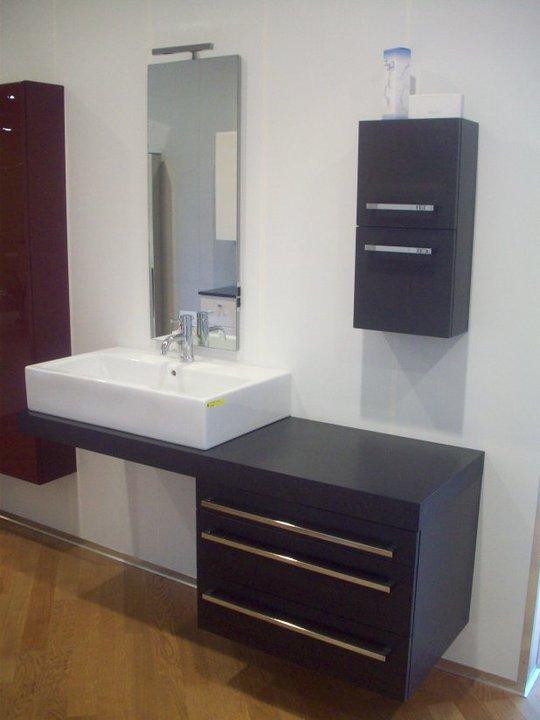 Preventivo bagno completo idee creative di interni e mobili - Costo bagno completo ...